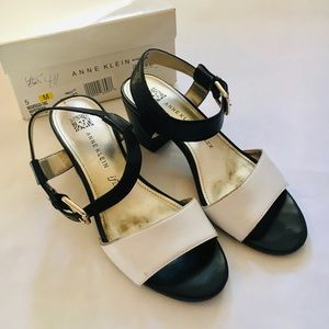 Size 5 Anne Klein Strappy Heel